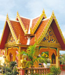 Wat Mongkol Wararam (Wat Nai Yang)